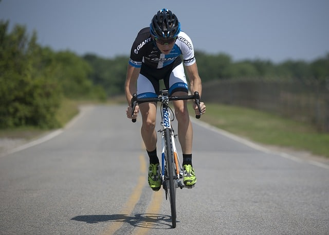5 Best Road Bikes Under 1000 – Reviews and Buying Guides